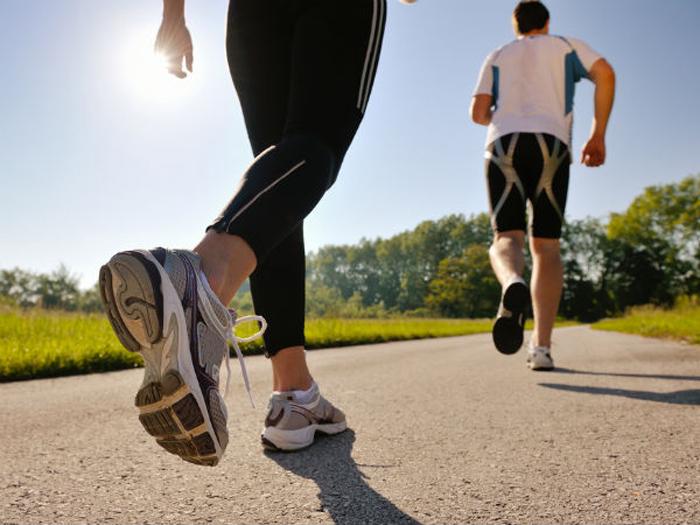 đi bộ 1km tiêu hao bao nhiêu calo