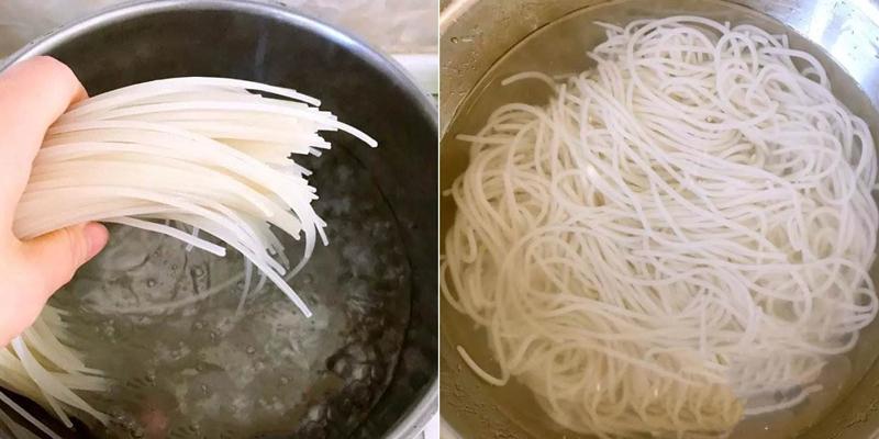 ngâm bún gạo với nước lạnh