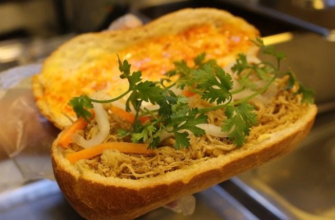 bánh mỳ Nhân Ngãi