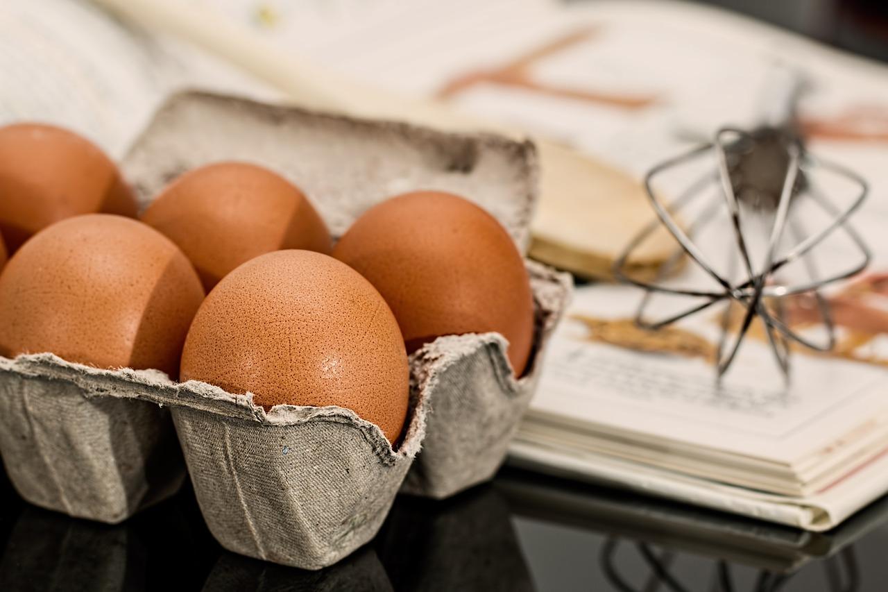 luộc trứng bao lâu thì chín