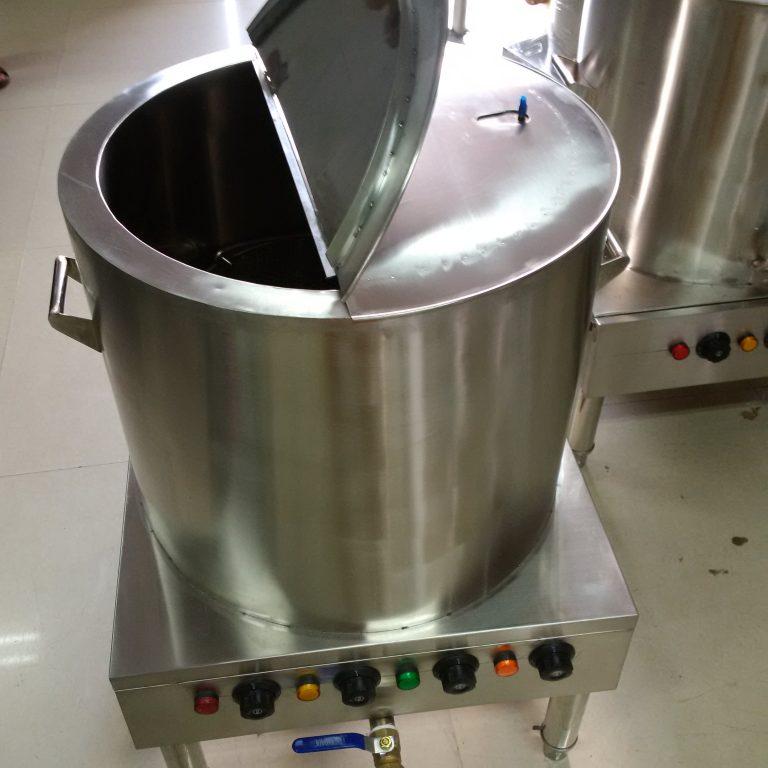 nồi nấu nước dùng bằng điện
