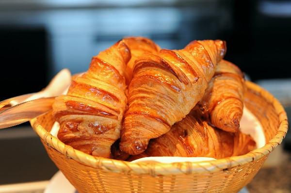 Tiêu chí chọn lò nướng bánh mì cho người mới bắt đầu kinh doanh