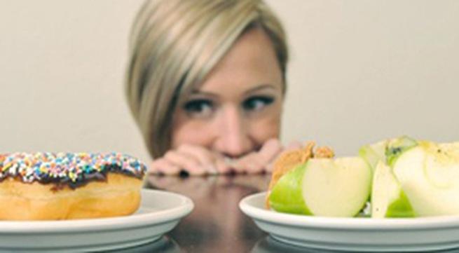 không nên nhịn ăn