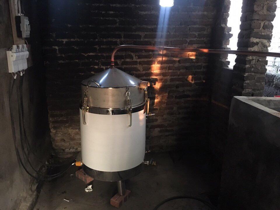 Mẫu nồi nấu rượu