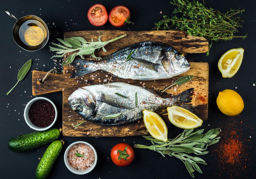 Ăn cá có béo không? Ăn cá giảm cân có đúng hay không?