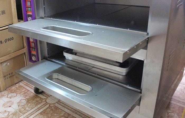 Lò nướng bánh 2 tầng 4 khay dùng gas