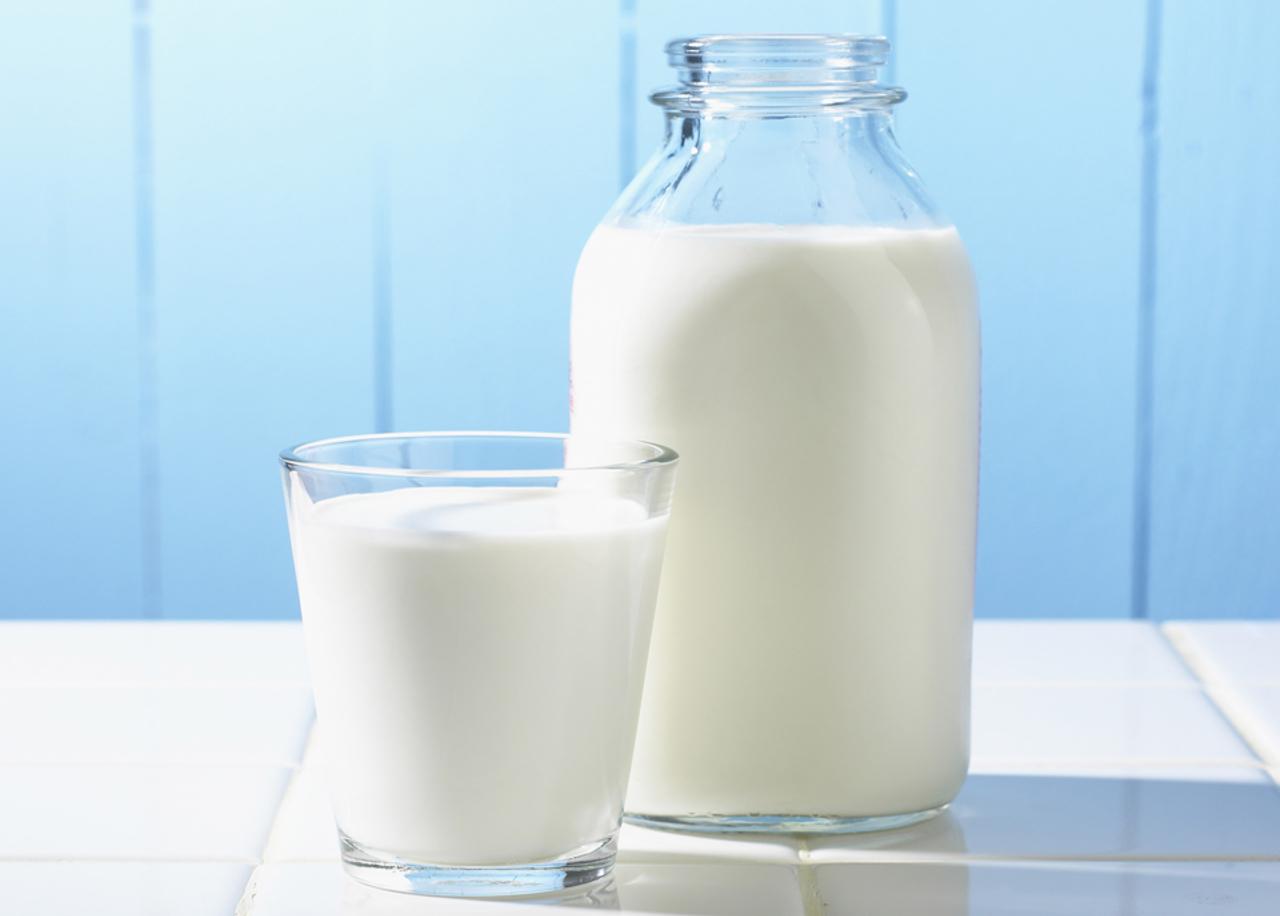 Cách chọn sữa tươi làm sữa chua